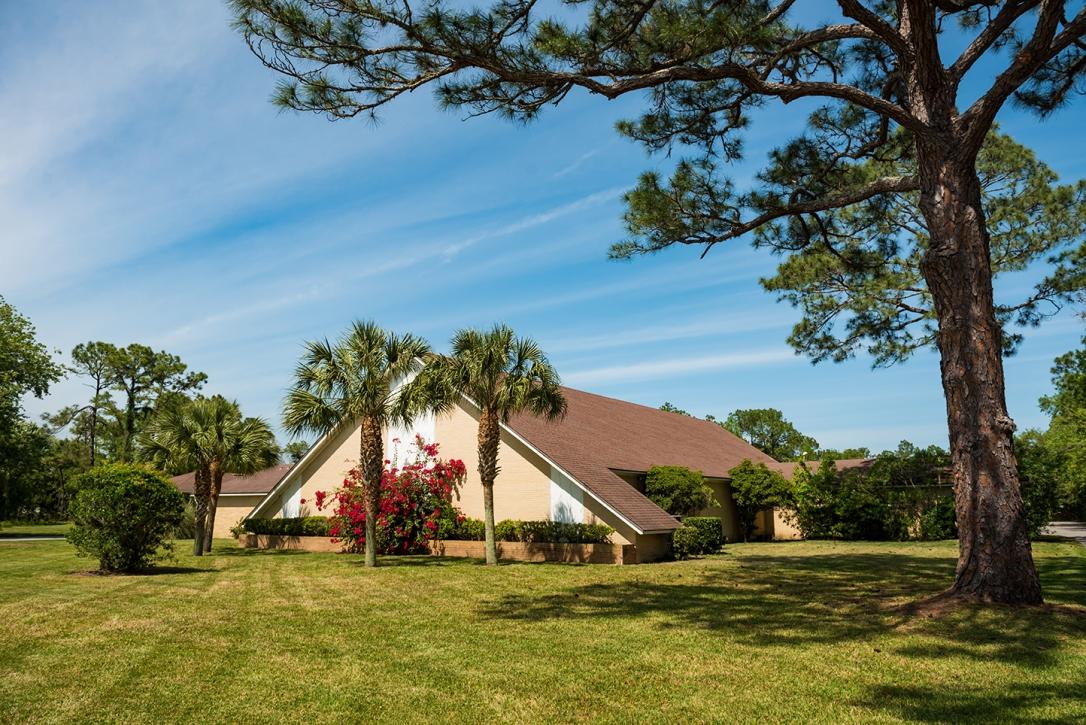 St Augustine Church of Christ Main Building (web).jpg